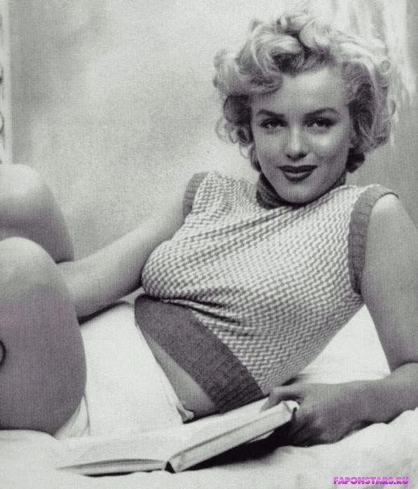 Marilyn Monroe / Мэрилин Монро фото полуголая секси