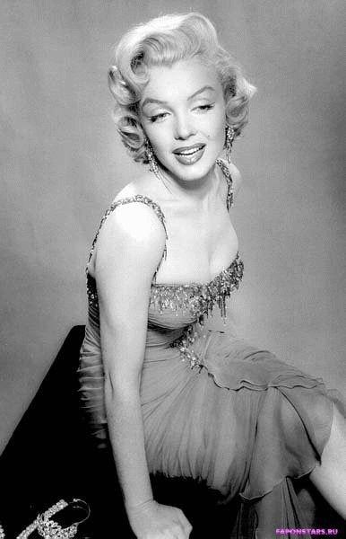 Marilyn Monroe / Мэрилин Монро в нижнем белье