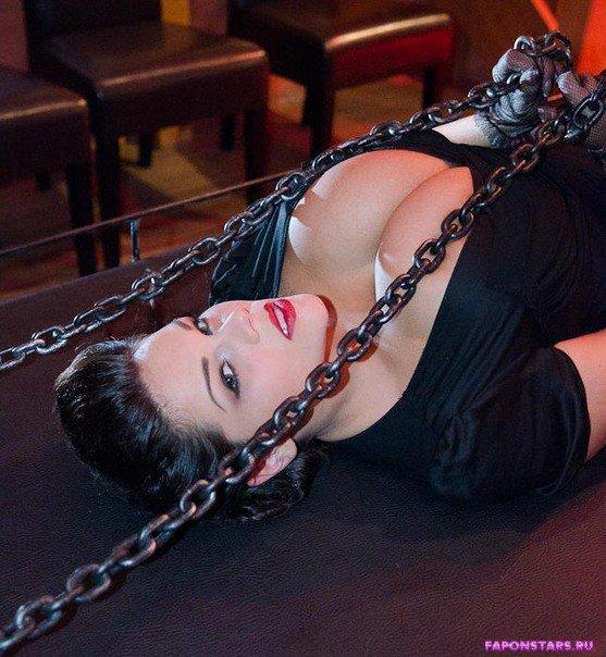Мария Зарринг фото полуголая секси