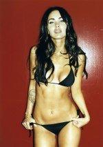 Megan Fox / Меган Фокс голая обнаженная сексуальная декольте