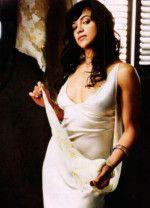 Сексуальная Мишель Родригес в белом платье