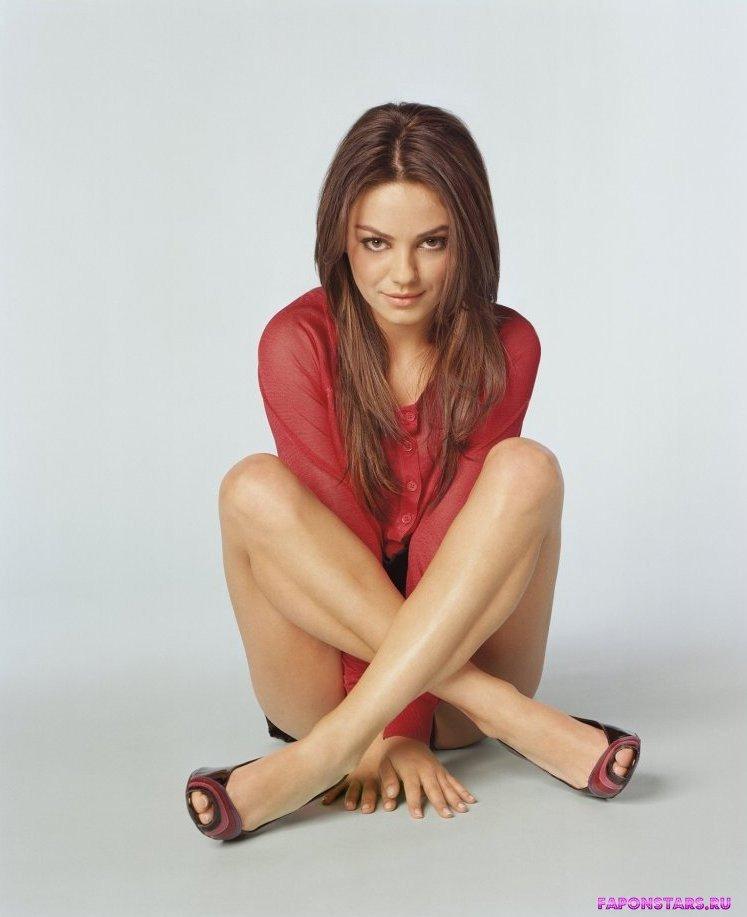 Mila Kunis / Мила Кунис украденное фото