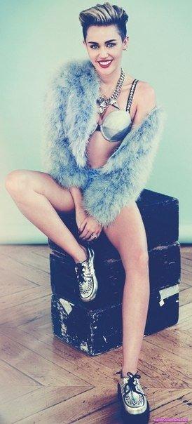 Miley Cyrus / Майли Сайрус домашнее фото
