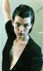 Milla Jovovich / Милла Йовович голая обнаженная сексуальная декольте