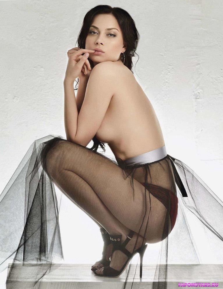 Настасья Самбурская фото полуголая секси