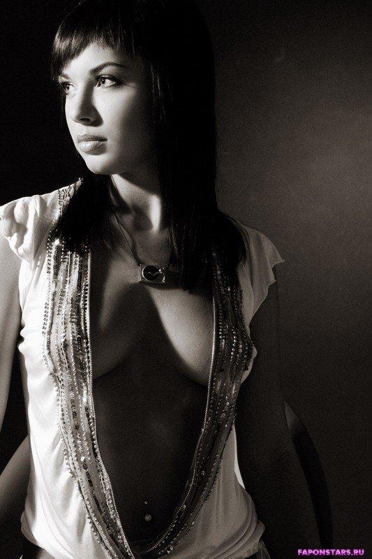 Настя Бьюти фото из журнала maxim