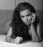 черно-белое фото сексуальной Насти Каменских