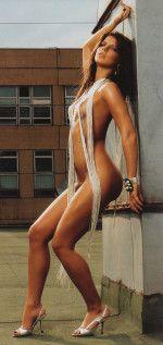 Настя Задорожная голая обнаженная сексуальная декольте