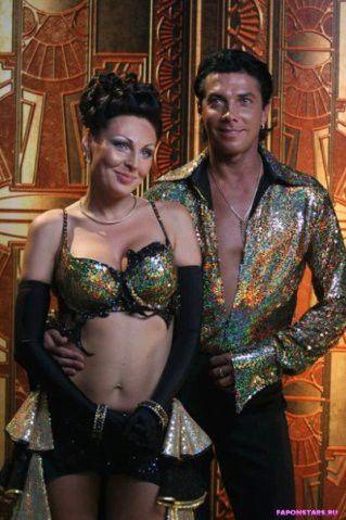 полуголая Наталья Бочкарева в откровенном наряде в передаче танцы со звездами