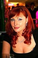 Наталья Бочкарева и ее красивая грудь в глубоком декольте