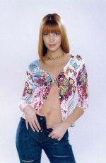 сексуальная Наталья Подольская в цветастом наряде