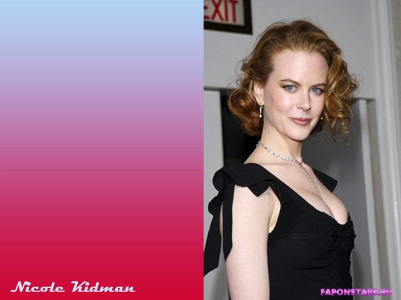 Nicole Kidman / Николь Кидман улыбается и позирует на камеру