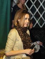 Ольга Шелест в шарфе