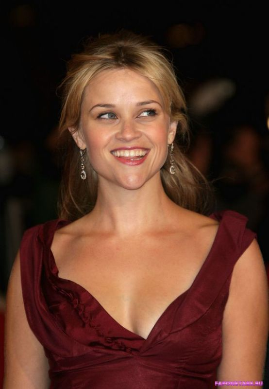 Reese Witherspoon / Риз Уизерспун на сцене
