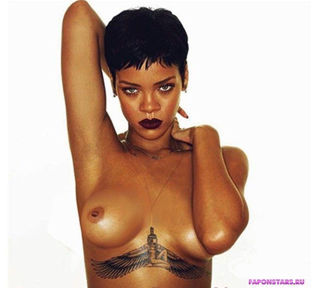 Nude pics of rhianna