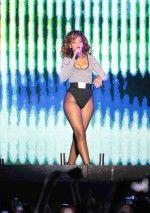 Rihanna / Рианна голая обнаженная сексуальная декольте