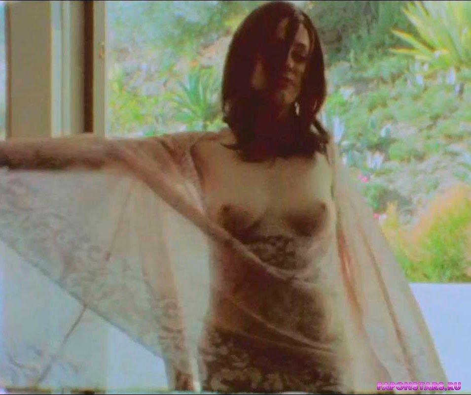 Rose McGowan / Роуз Макгоуэн кадр из фильма