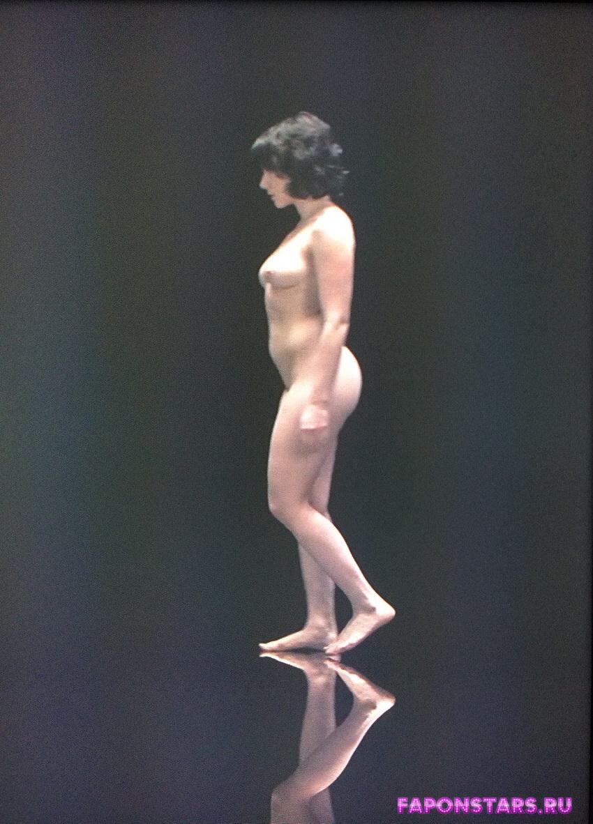 Scarlett Johansson / Скарлетт Йоханссон в нижнем белье