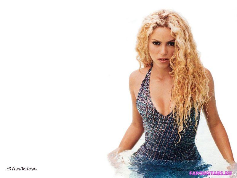 Shakira / Шакира фото полуголая секси