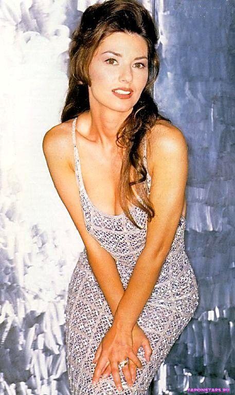 Shania Twain / Шанайя Твейн в нижнем белье