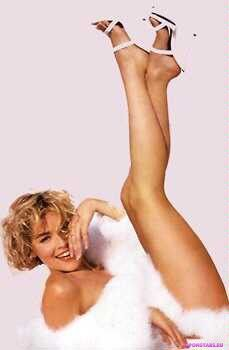 Sharon Stone / Шэрон Стоун интимное фото
