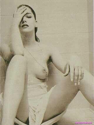 Sharon Stone / Шэрон Стоун на отдыхе в купальние