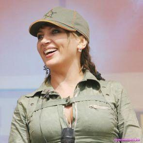 Светлана Назаренко в кепке