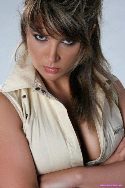 Светлана Назаренко сексуальная показывает грудь