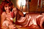 Тина Канделаки в ночнушке голая сексуальная