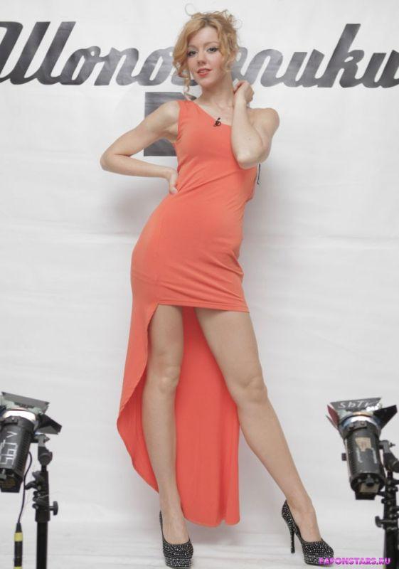 Юлия караулова голая фото 151 фотография