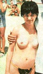 полностью голая Юля Волкова на пляже в молодости